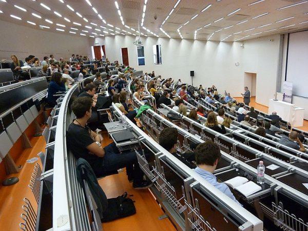 Corvinus Üniversitesi budapeşte