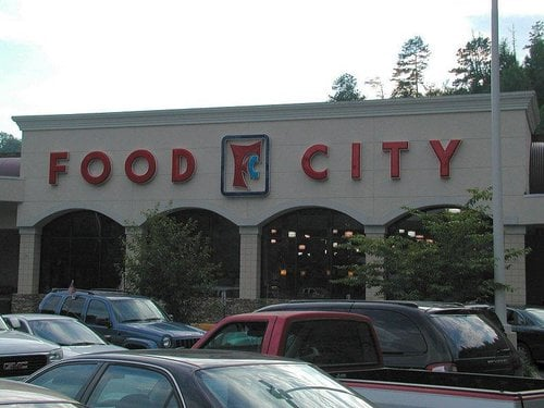 wat food city gatlinburg tn