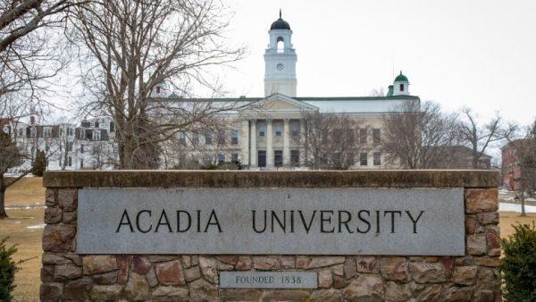 kanada üniversite acadia
